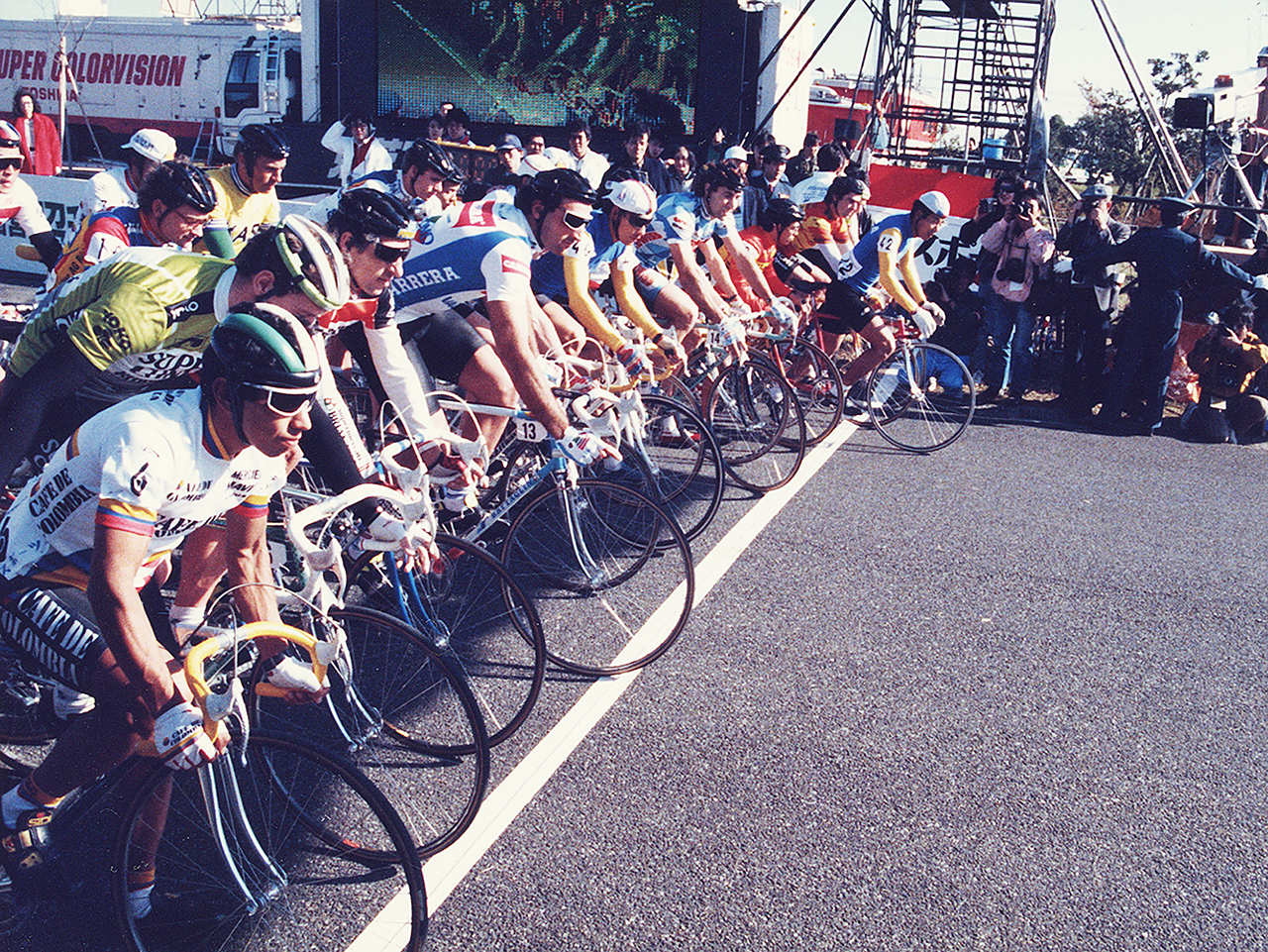 http://moritetsu.info/bicycle/img/87su-crite028start-ss.jpg