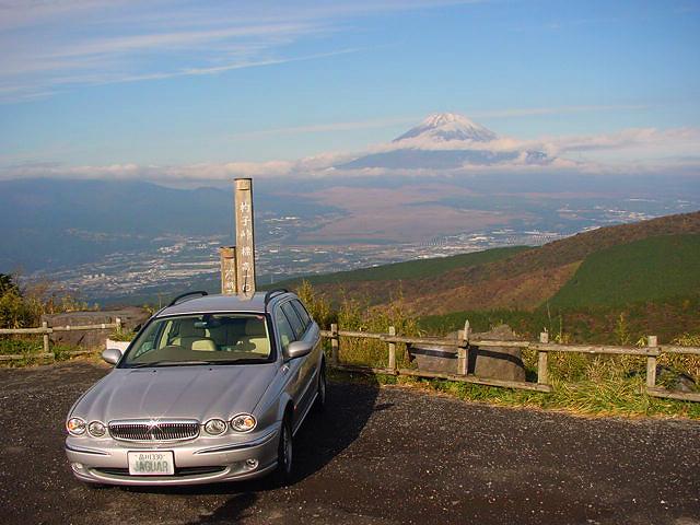 http://moritetsu.info/car/img/w04-j-hakosuka00054.jpg