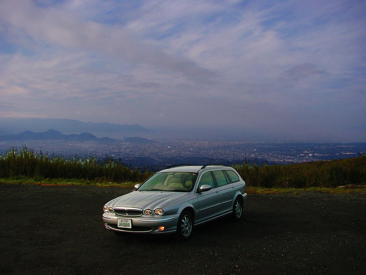 http://moritetsu.info/car/img/w04-main-hakone-skiline01.jpg