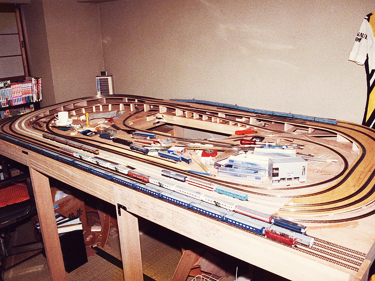 http://moritetsu.info/model-railway/img/w03k-s-714train01.jpg