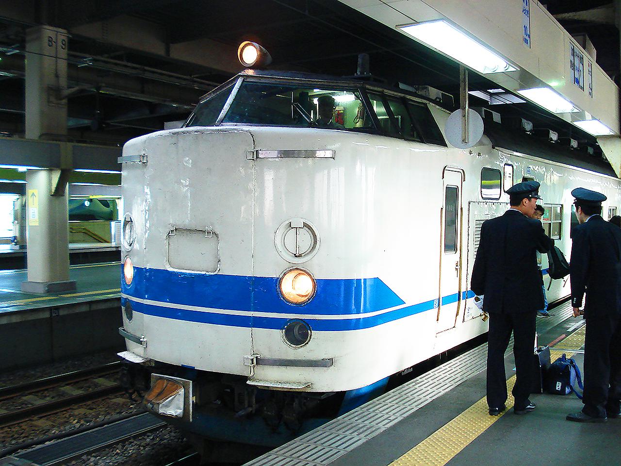http://moritetsu.info/train/img/DSC02378ss.jpg