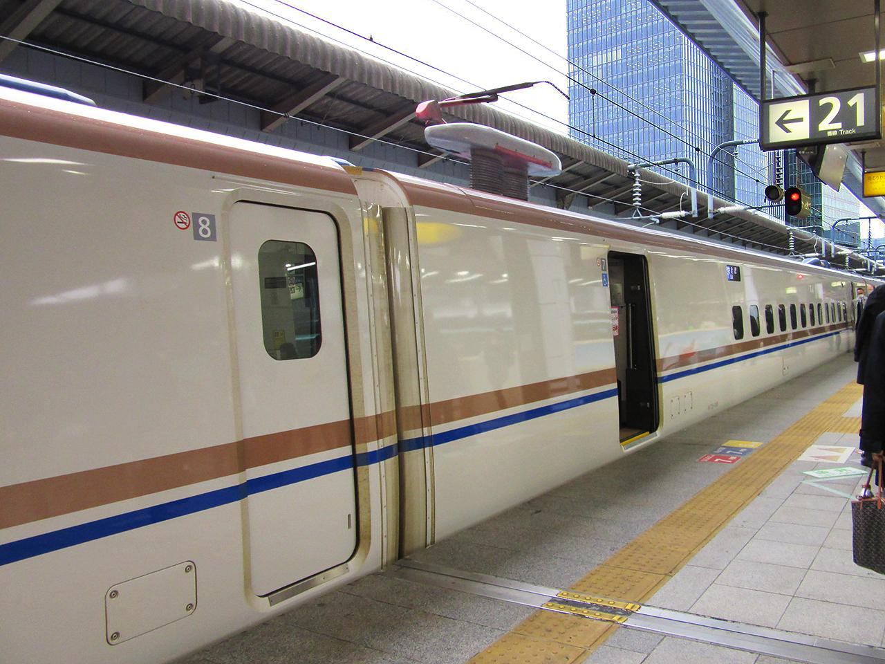 http://moritetsu.info/train/img/IMG_6281sssss.jpg