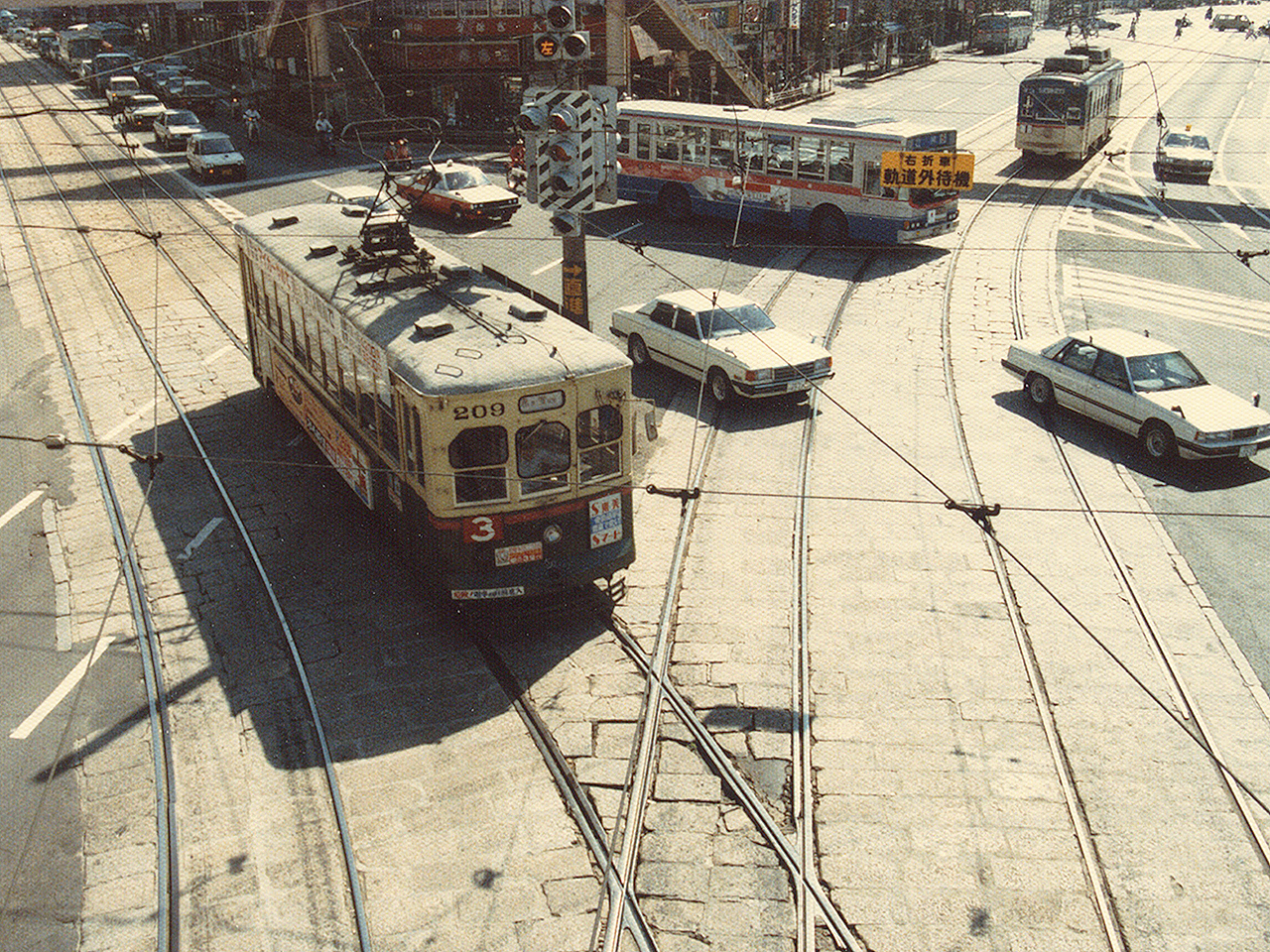 http://moritetsu.info/train/img/w01-nagasaki-001ss.jpg