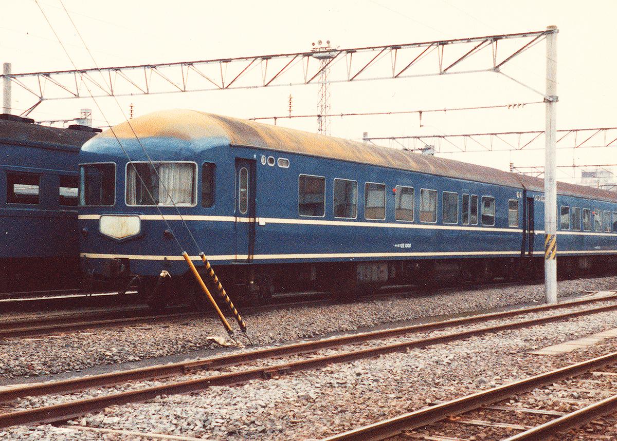 http://moritetsu.info/train/img/w03-20kei01ss.jpg