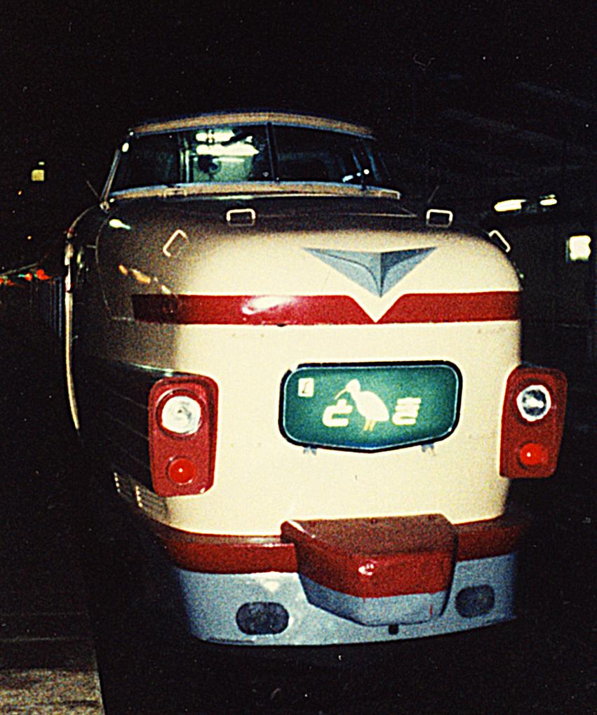 http://moritetsu.info/train/img/web-01-kiji-sub-181kei.jpg