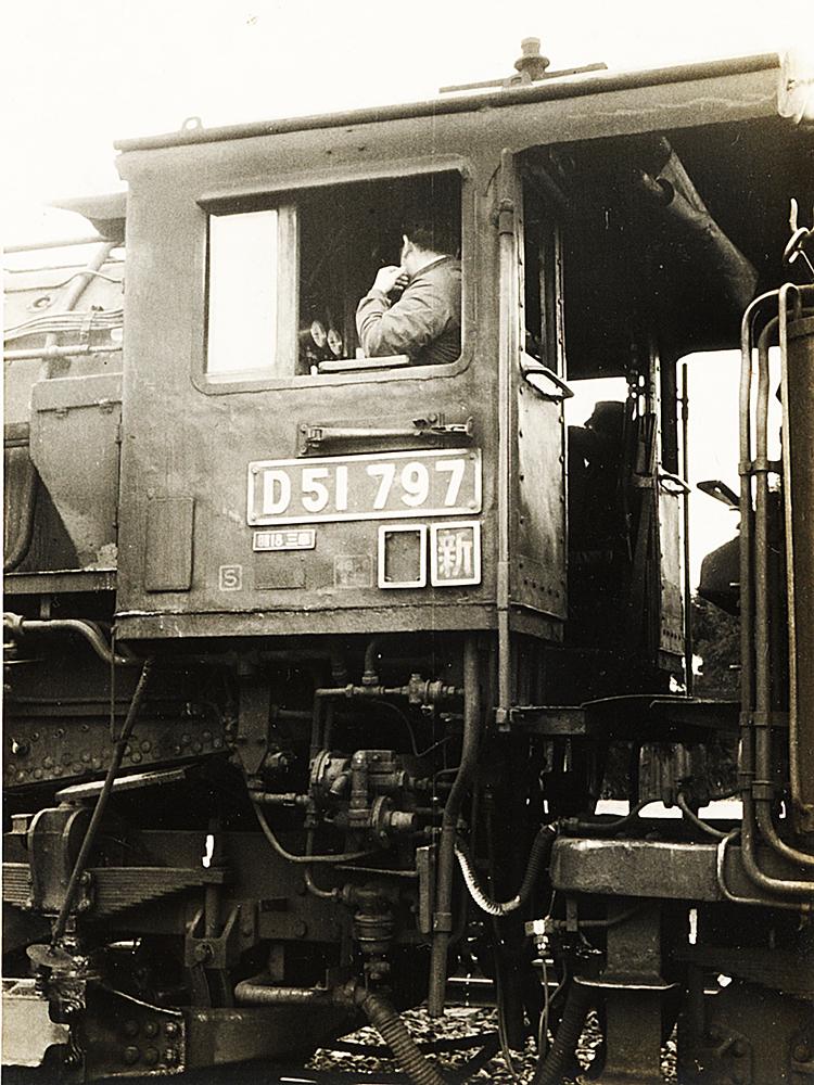 http://moritetsu.info/train/img/web-01-kiji-sub-D51cab.jpg